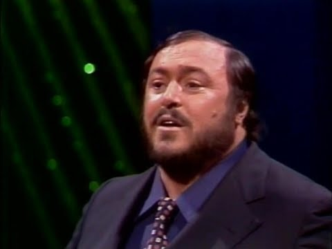 Luciano Pavarotti   La Donna e Mobile Woman is Fickle   Tonight Show  1975