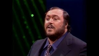 Luciano Pavarotti -  La Donna e Mobile (Woman is Fickle)  - Tonight Show - 1974