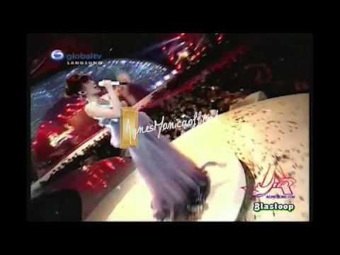 WhoSay   American Music Award   Agnes Monica