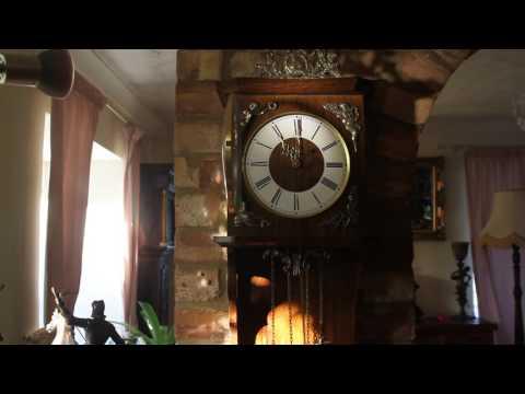 Vintage Large German 'SBS Feintechnik' Wall Oak 8-Day Clock