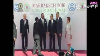 شاهد التصرف اللاأخلاقي من الرئيس الزيمبابوي الدكتاتور موغابي اتجاه جلالة الملك