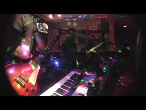 Folsum Prison Blues cover-Johnny Cash Kids at Play live Beachhouse Manasquan N.J.