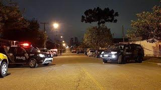 RONE é aplaudida por moradores em operação no Rebouças - Tribuna da Massa Manhã (08/12/17)