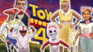 Toy Story 4 Carnival Skit with Gabby Gabby and Benson