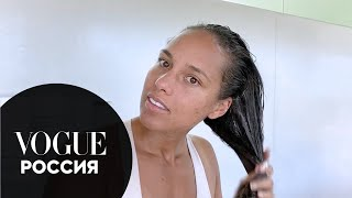 Алиша Киз показывает свой уход за волосами в домашних условиях Vogue Россия