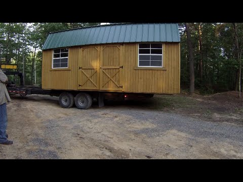 Old Hickory 10x20 Storage Building Install Chainsaw Update