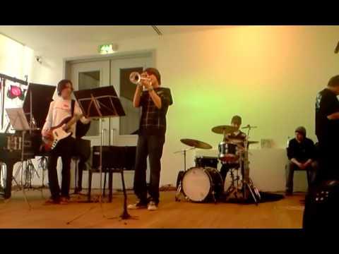 Jazziax - Shufflin'