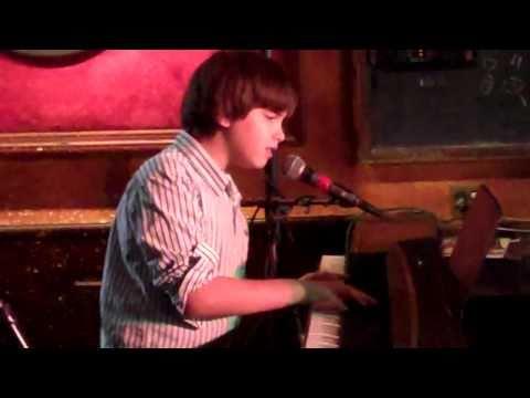 Matt Krane - Maybe I'm Amazed - Blankfest 2010.MP4
