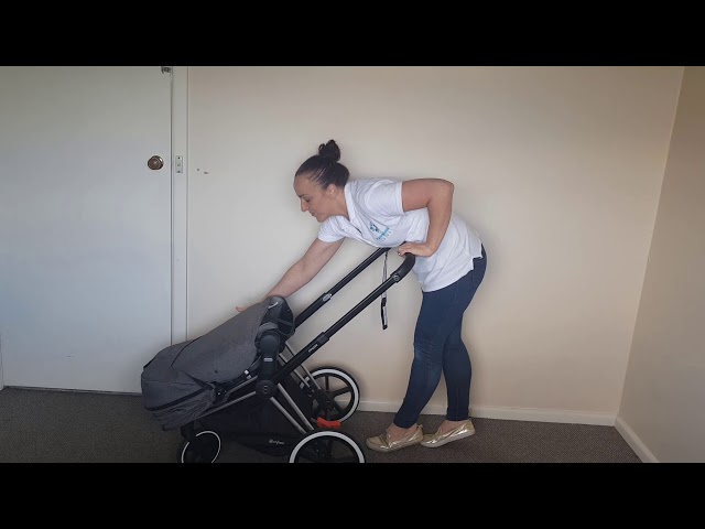 Folding the Cybex Priam