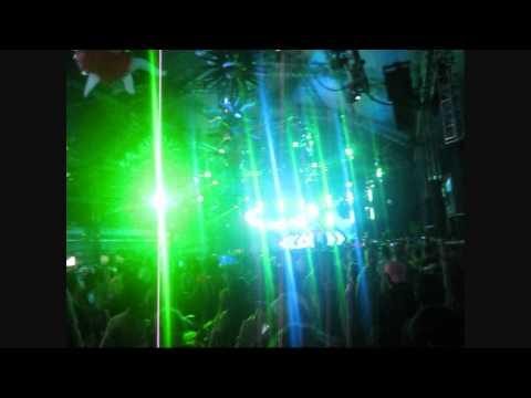 Huge-A Vs. De La Soul - Drop The Grind Date (Dubstep Mix)