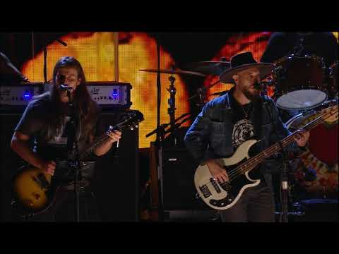 Neil Young & Promise of the Real - Powderfinger (Live at Farm Aid 2018)