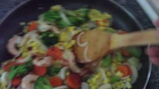 Chong's Garlic Shrimp W/ Vegetables