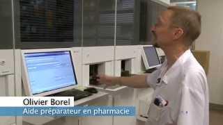 Un robot de distribution des médicaments à la pharmacie des HUG - 1