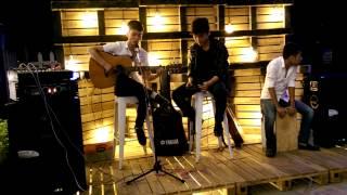 Ngôi Nhà Hạnh Phúc - Guitar By B.band