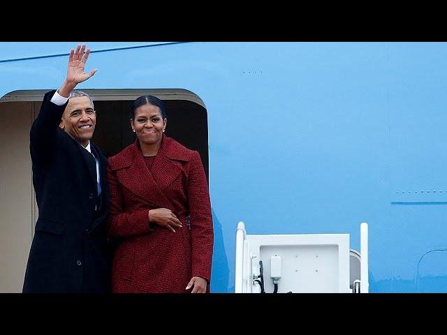 Барак Обама и Джо Байден покинули Вашингтон