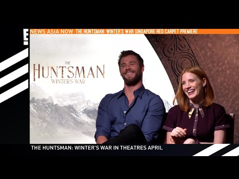 Chris Hemsworth and Jessica Chastain - Winter's War Singapore Exclusive | E! News Asia | E!