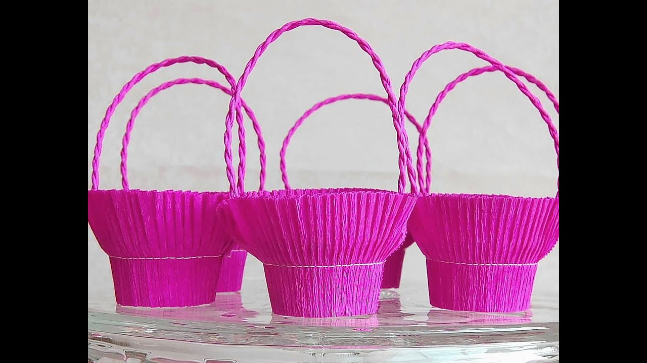 Easy basket for sweets (crepe paper and recycle plastic ...