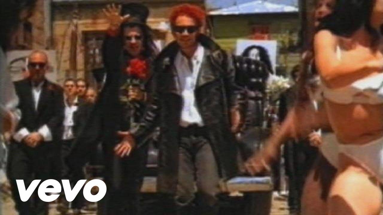 Los Fabulosos Cadillacs - Matador (Official Video)