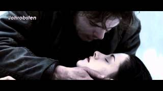 Snow White and the Huntsman Kissing Scenes (Kristen Stewart)