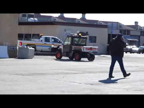 """TOP SECRET"" Public Works Yard, (EMPLOYEE SCARED OF A CAMERA) Downey CA, 1st amendment audit"