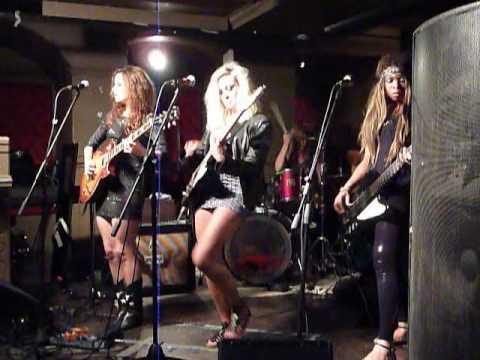 The Berettas @ The Albany London