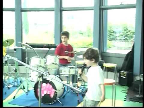 LatteRock-approccio alla musica al Centro Navile- by Music Studio