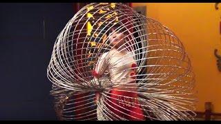 Amazing Hula Hoop Girl - Beijing