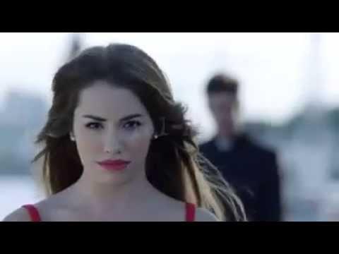 Se estrenó Necesito, el primer video clip de Esperanza mía