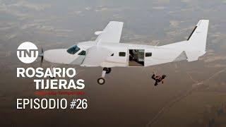 Rosario Tijeras S02E26| Rosario escapa de los hombres de Arteaga saltando de un helicóptero