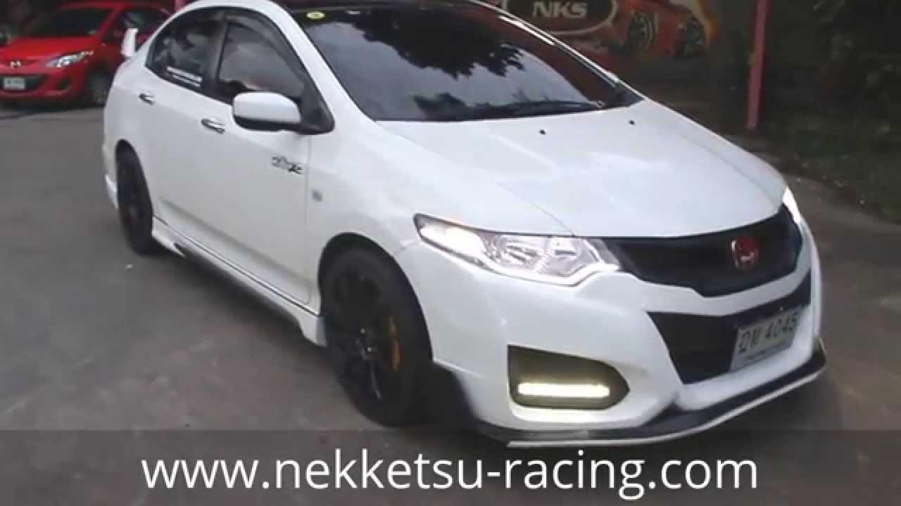 ชุดแต่ง Honda City 08 13 ทรง Type R15 สีขาว จาก Nekketsu