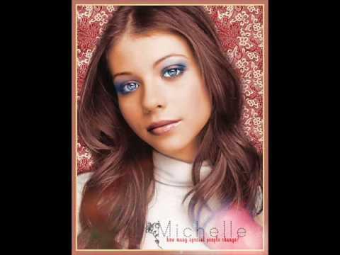 Michelle Trachtenberg Pics