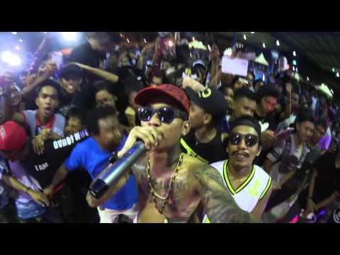 Young Lex ft Dycal LIVE at Papua 9 April 2016