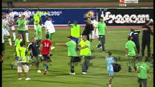 اعتداء الاعبين الليبيين على المنتخب الجزائري قبل قطع البث من القناة الليبية