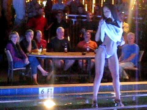 bikini 2009 Internet contest