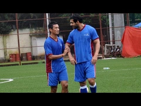 John Abraham, Baichung Bhutia bond over football