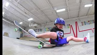 5 YEAR OLD DOES THE SPLITS ON SKATEBOARD!