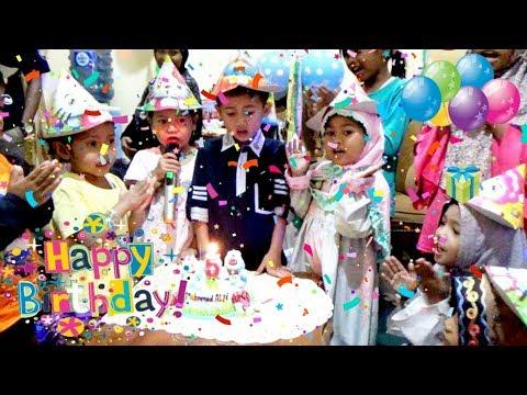 Keysha Datang & Bernyanyi Di Pesta Ulang Tahun Teman, Ada Kue DORAEMON | Happy Birthday