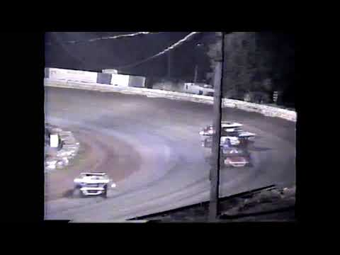 Main Event from Willamette Speeday. One of my favorite wins, we had an older car and we are able to hold off some of the top drivers with much better ... - dirt track racing video image