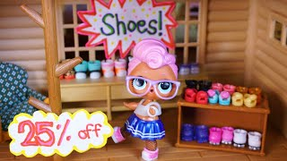 LOL SURPRISE DOLLS Go Shoe Shopping With Babysitter!