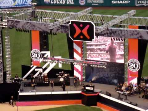 "Chris Tomlin Performing ""I Will Rise"" At Harvest Crusade 2009"