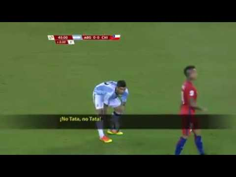 Discusión entre Juan Antonio Pizzi y Gerardo Martino (Copa América 2016)
