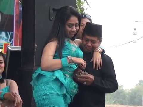 Salome Duet Version -  Amanda Music Live With Rosid Production