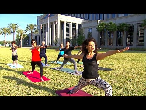 Florida judge teaches yoga at her courthouse
