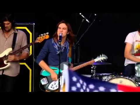 Tame Impala  Feels Like We Only Go Backwards Glastonbury 2013