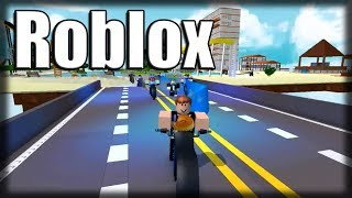 Playing Roblox-the city of pudding!