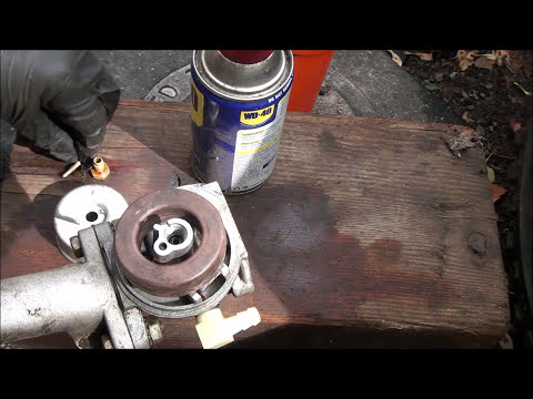 HOW TO repair a Craftsman LAWNMOWER that has BEEN SITTING and WILL NOT START, TECUMSEH Carb rebuild