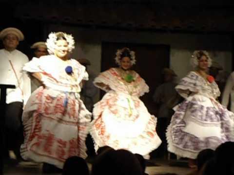 Sonidos E Imágenes De Panamá. Baile Típico
