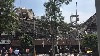 Caught on Camera: Powerful 7.1 Earthquake Strikes Mexico City, Severely Damaging Buildings thumbnail