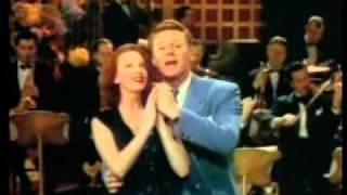 Van Johnson baila y canta en HASTA QUE LAS NUBES PASEN, 1946, Cinetel