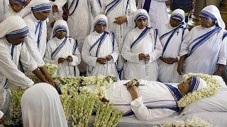 وفاة الاخت نيمالا جوشي التي خلفت الام تيريزا في الهند   24-6-2015
